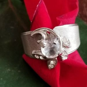 Vintage solitaire silver tone ring size 5.75 5 3/4